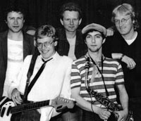 Bill Higgins, Chris Taylor, Nigel 'nobody ever remembers the drummer!' Brodie, Pete Sillars, Scott Martin